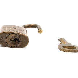 Louis Vuitton Accessories - Keepall Speedy Alma Brass and Key Set #317